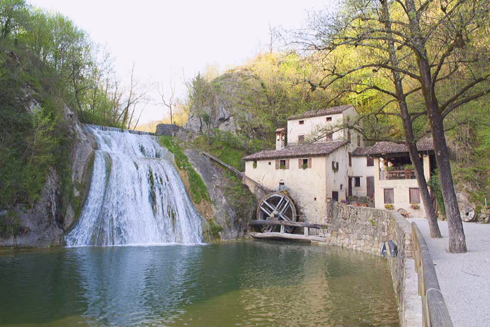 Visit Valdobbiadene in Love